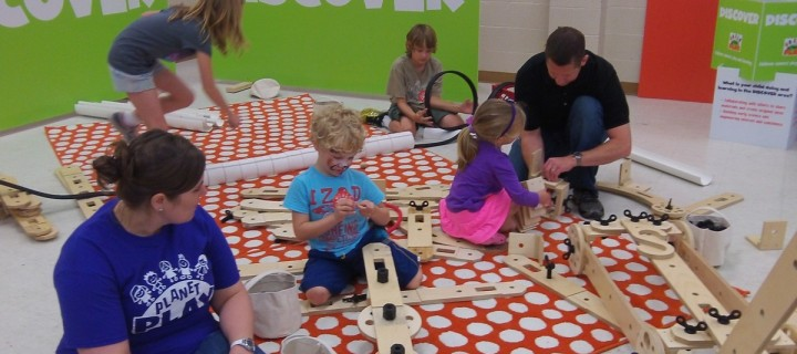 April 2015 Pop-Up Play Lab at Daffodil Days in Spring Hill, KS